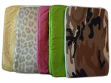 FUNDA NETBOOK 12.1 - 31X23CM VARIOS COLORES Y DISENOS - OUTLET